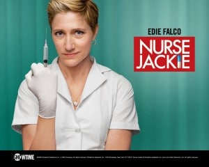 twitter NYC Nurse Jackie Mensonge Médecin Drogue adultère  Nurse Jackie, attention infirmière à cran.