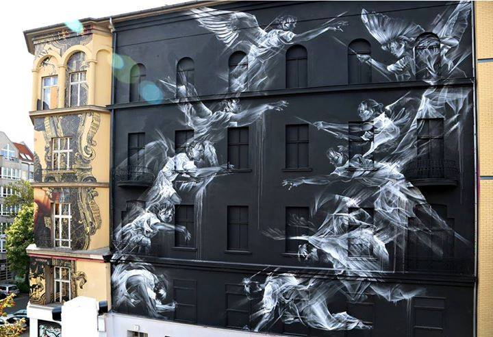 Astonishing piece by Li-Hill - 'Rise and Fall' in Berlin