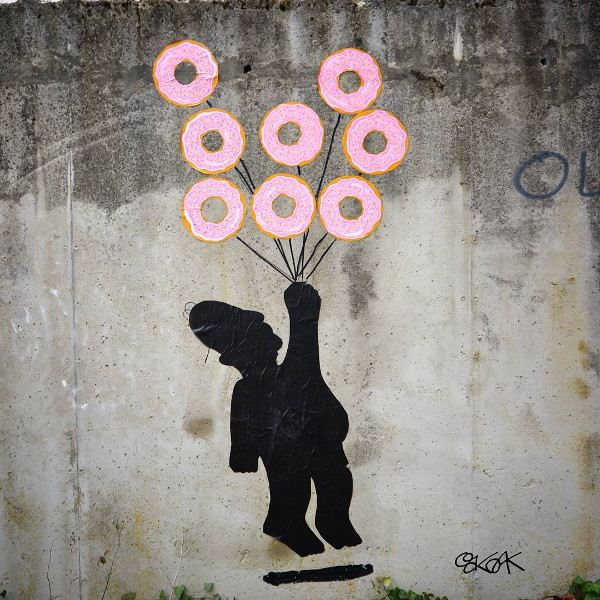 oakoak - Flying Donuts Homer Street Art