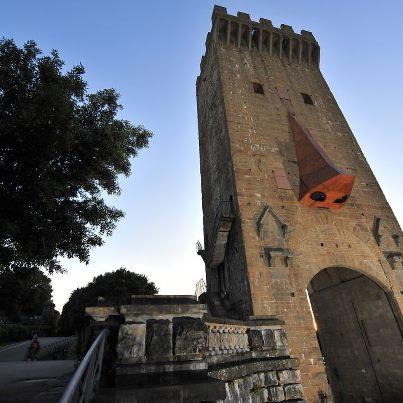 torre-di-san-niccolo-street-art