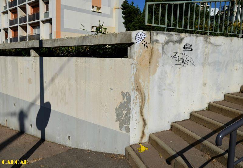 le génie de la lampe street art oakoak
