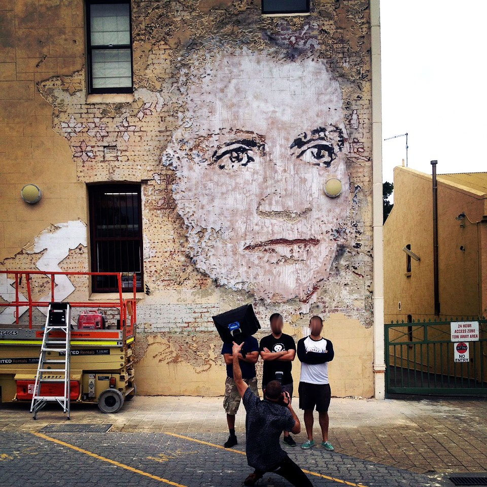 visage-street-art