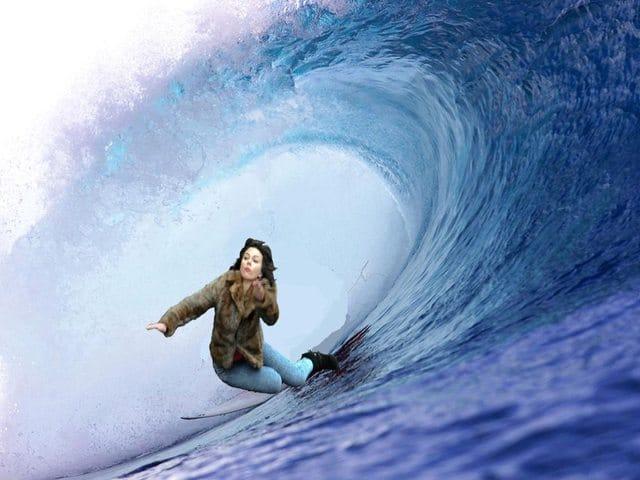 Scarlett Johansson Falling Down9