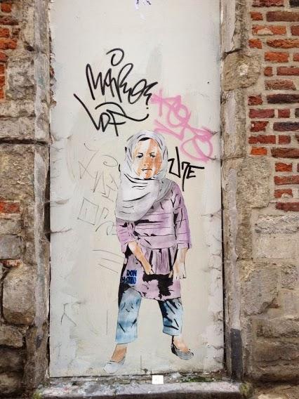 Street art in Brussels (Rue de la gouttiere goot), Belgium, by Don Mateo