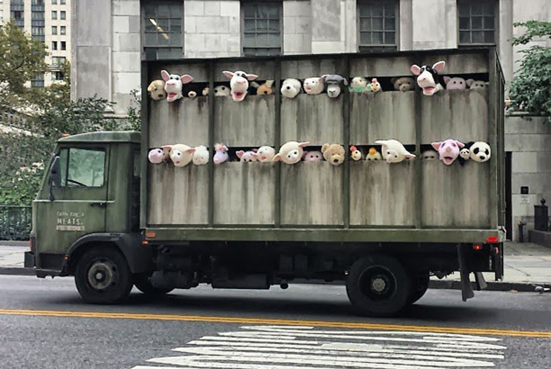 banksy-sirens-of-the-lambs-01