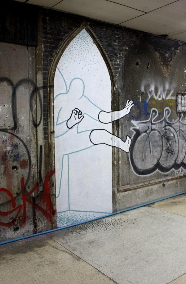 Street-Art-by-Daan-Botlek-2-600x915