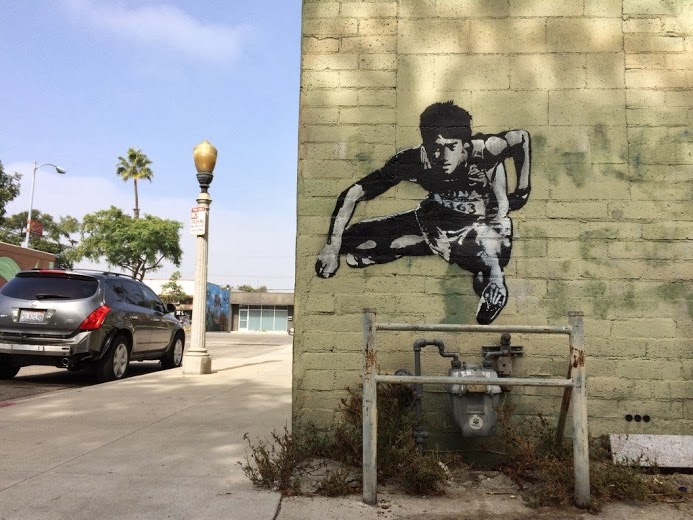 Street art in Los Angeles, USA, by DOT DOT DOT