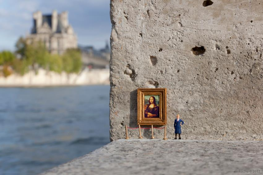 slinkachu in paris le louvre