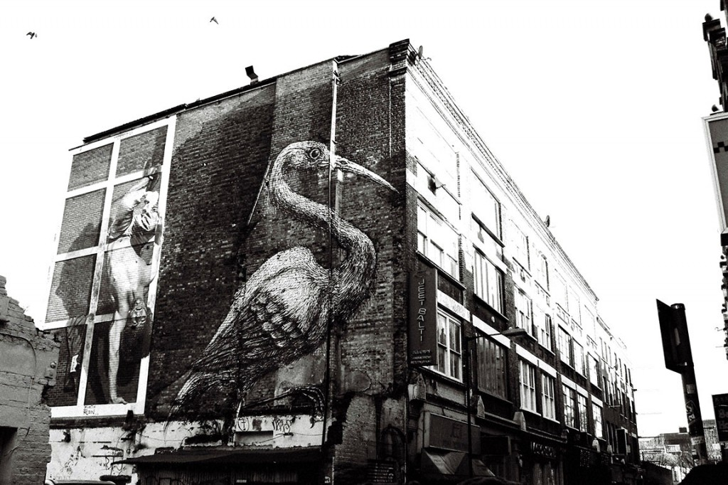 F1010005-London-street-art