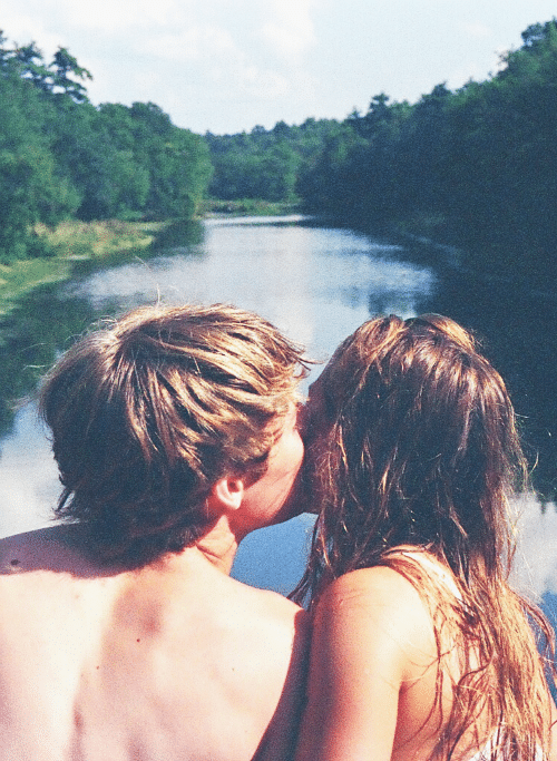 kiss-étreindre
