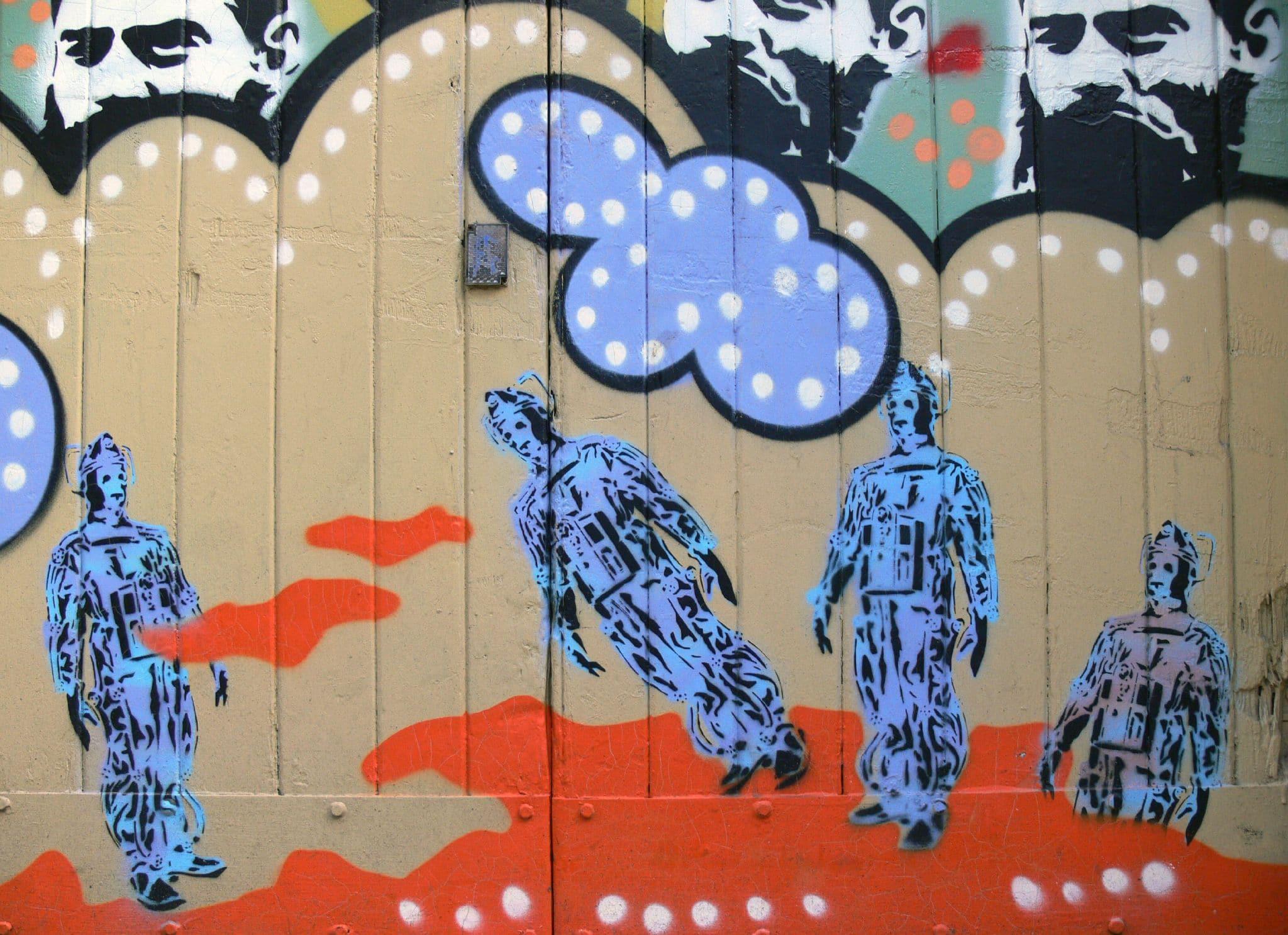 street-art-the-doctor-robot