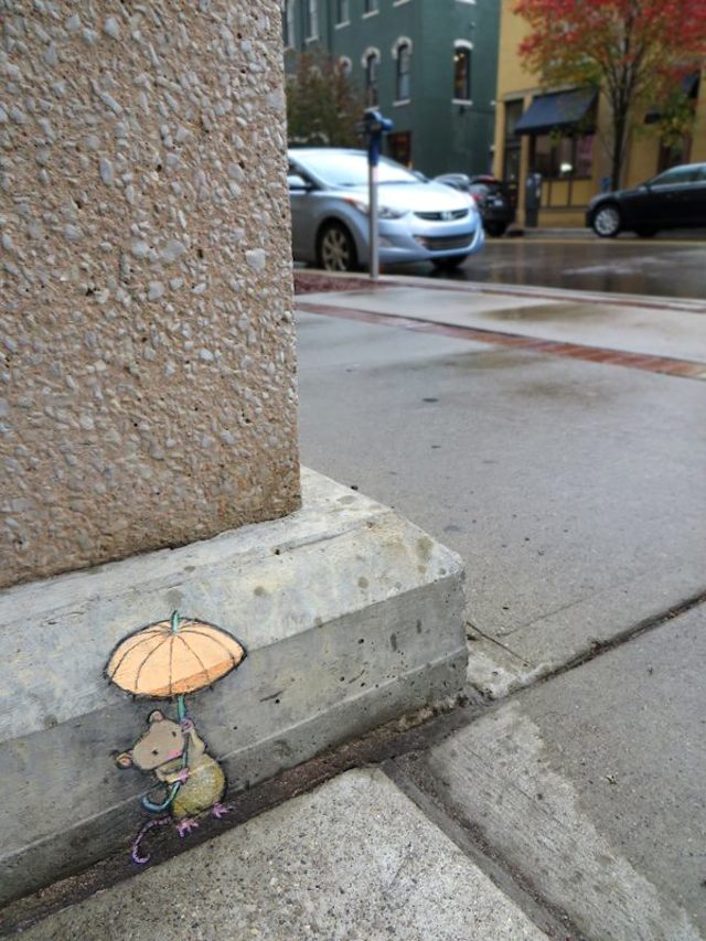 Calk-Art-by-David-Zinn-in-Michigan-USA-street-art-mouse