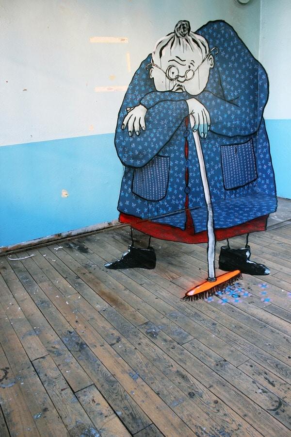 mummie-street-art