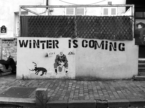 santa-street-art-winter-is-coming