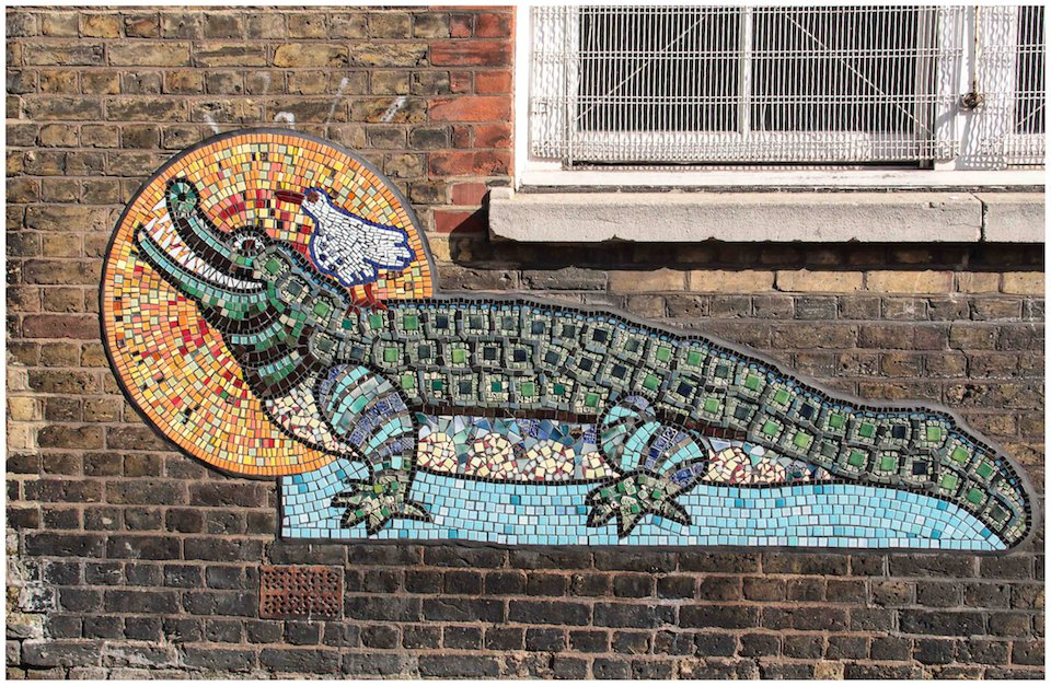 Mosaic-by-Artyface-on-the-walls-of-a-Tower-Hamlets-school.-In-East-End-of-London-England