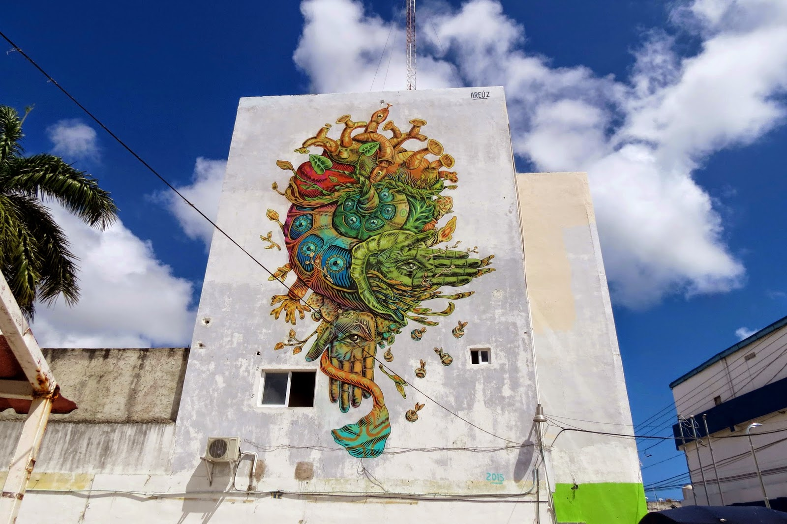 areuz-street-art-mexican