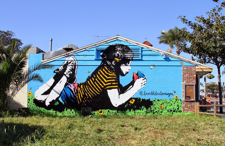 bumbleebeelovesyou_snyder25-carlsbad-california-stree-art