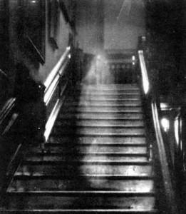 Ghost 1 vidéos paranormales